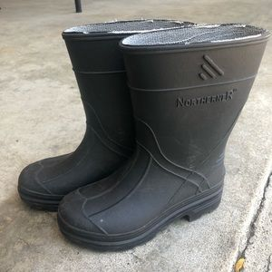 Northerner toddler/kids rain boots - size 8